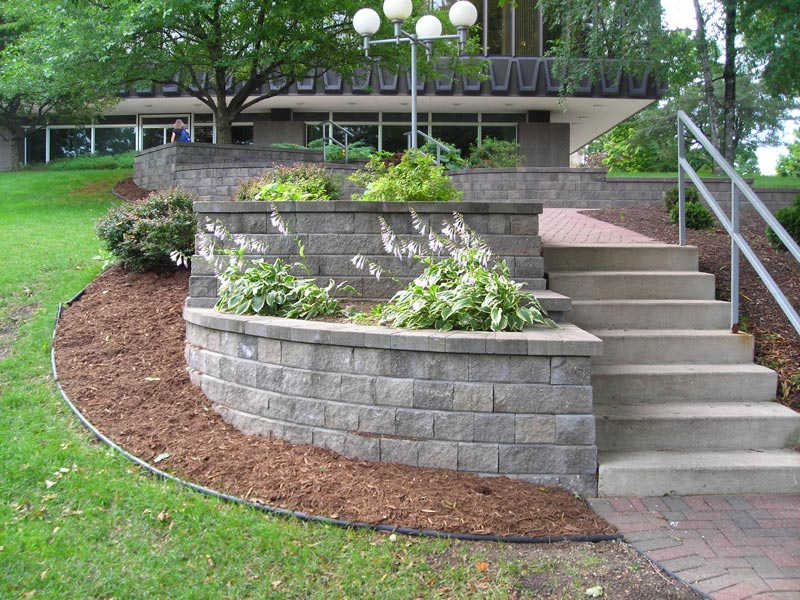 Our work gallery projects patio messner landscape for Retaining wall plants landscaping